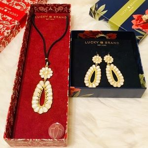 LUCKY BRAND BEADED PEARLS/GOLD NECKLACE & EARRINGS